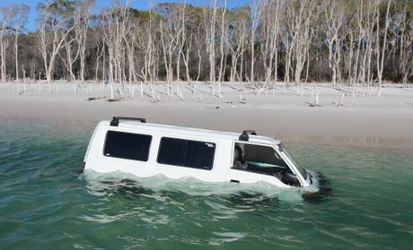 4X4 Car Hire. Vehicle in sea