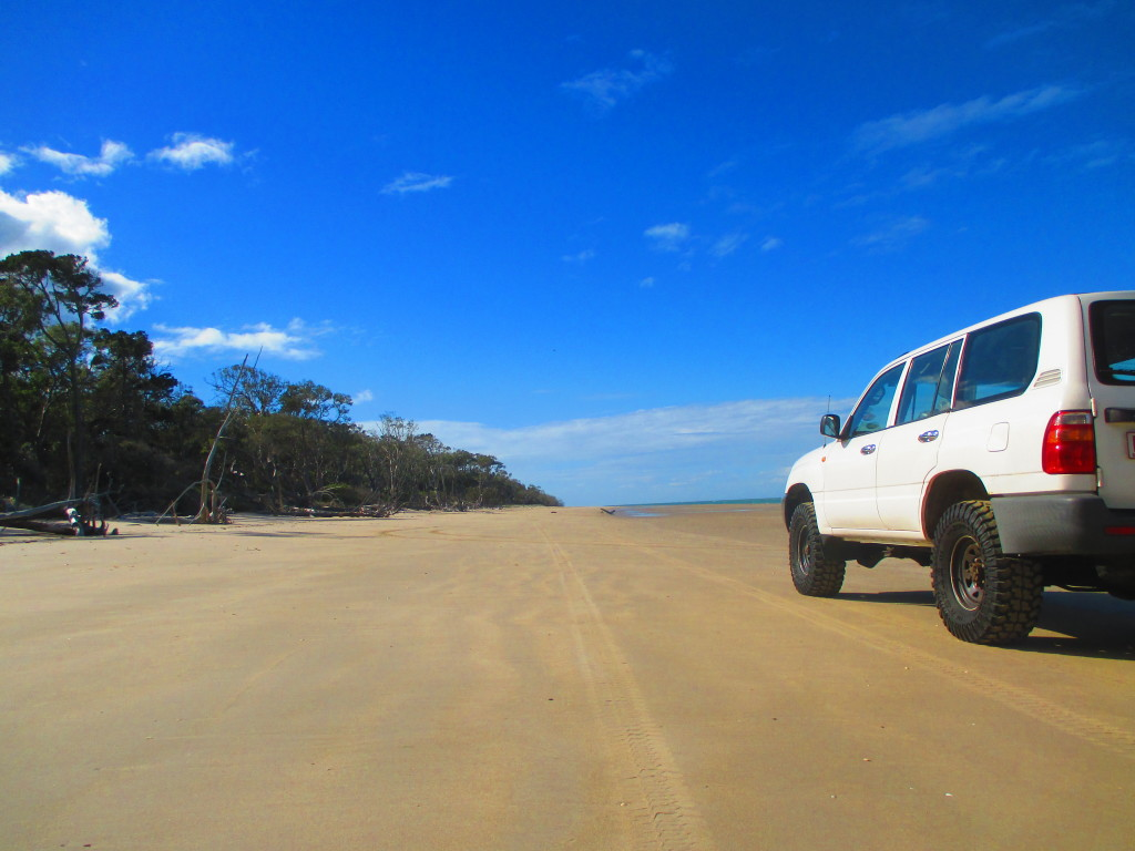 four wheel drive hire fraser island